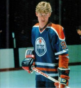 Ice hockey legend Wayne Gretzky is the greatest athlete of all time, according to a fans survey conducted by sports.yahoo.com a year ago.